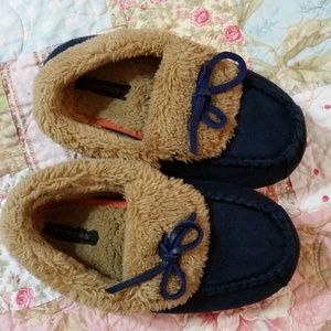 Dockers Slippers Size M 13-1
